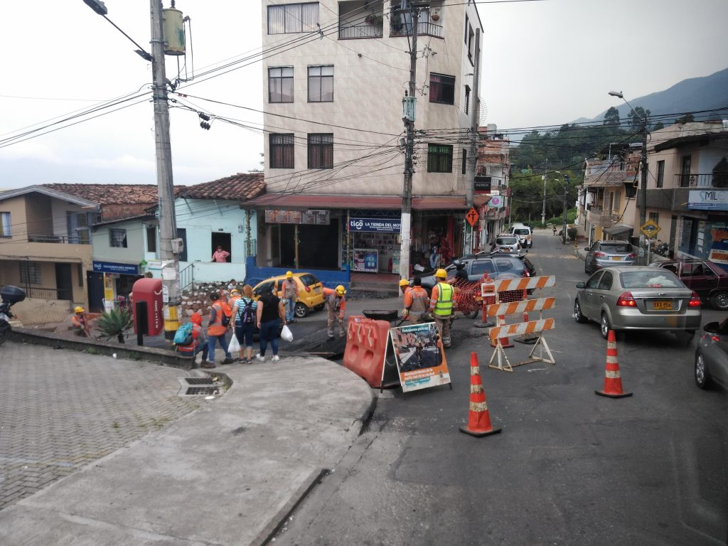 Así Arreglan Algunas Vías Del Corregimientode San Antonio De Prado 2
