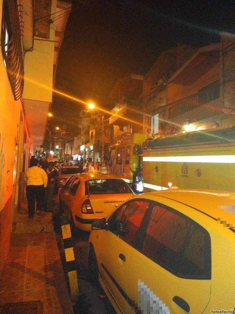 3 Estacionamiento Indebido En  La Carrera 81 Con La Calle 41 9 San Antonio De Prado