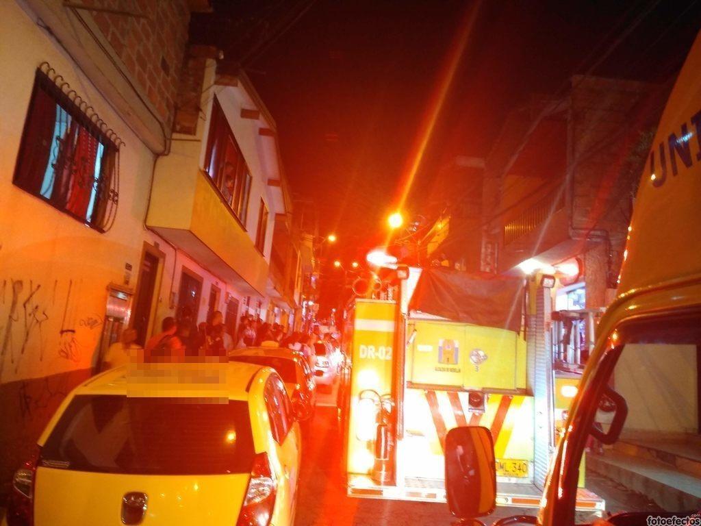 Estacionamiento Indebido En  La Carrera 81 Con La Calle 41 9 San Antonio De Prado