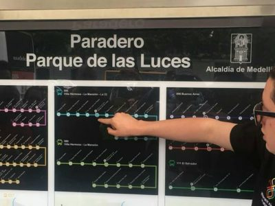 Medellin Ya Tiene 70 Paraderos Inteligentes