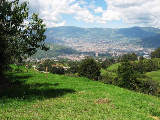 Medellín Y Todo El Valle De Aburrá Entran En Cuarentena Total Por Covid-19