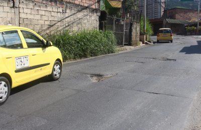 Hueco En Via Principal San Antonio De Prado