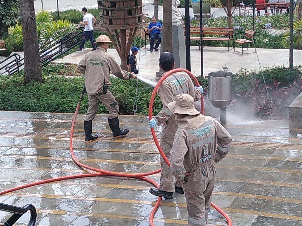 Limpieza Parque Principal De San Antonio De Prado 1