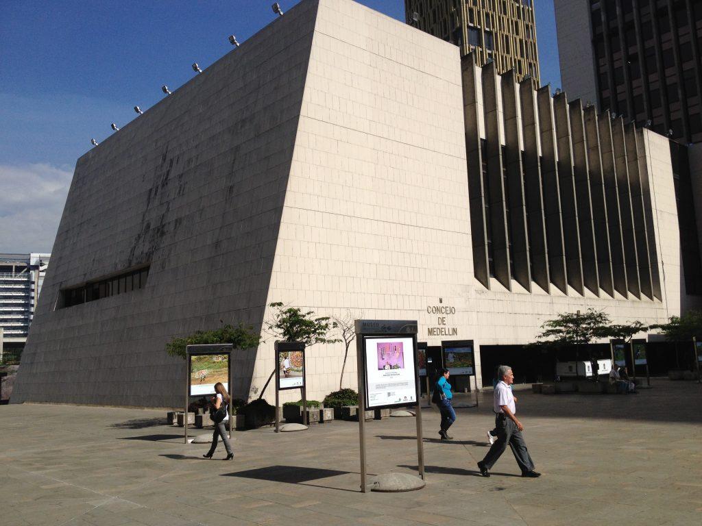 desde el concejo de Medellín