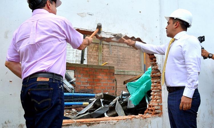 demolicion predios en itagui intercambio vial pilsen induamerica