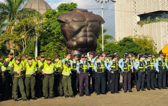 Escuadrón que combatirá el transporte informal en la ciudad de Medellín - foto cortesía alcaldía de medellín