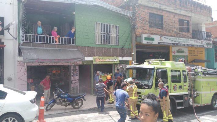 A Esta Hora Bomberos Medellín Atiende Conato De Incendio