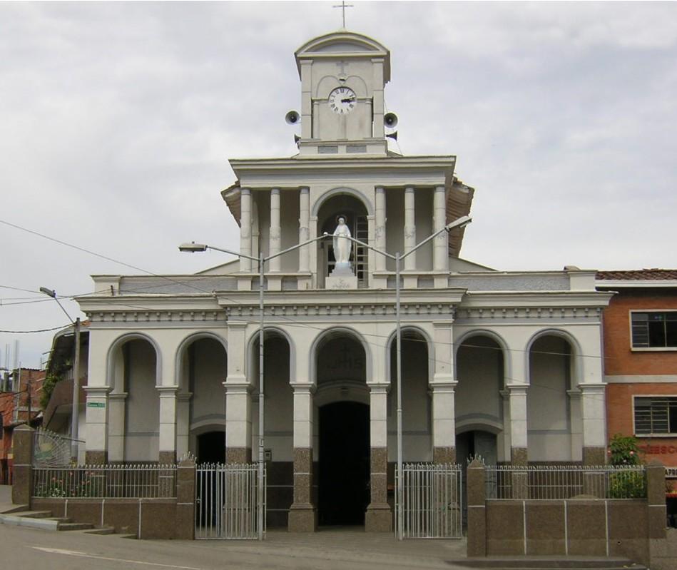 Iglesia_de_San_Cristobal-Fachada-Medellin – cortesìa Wikipedia