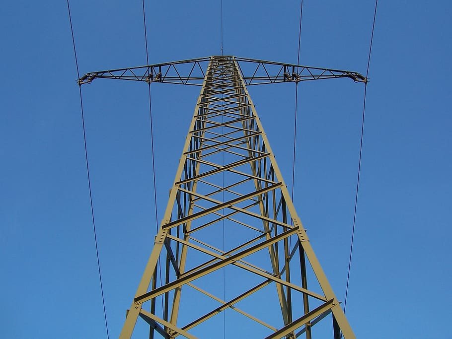 Derribada torre de energia EPM