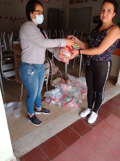 Asi va la entrega de los alimentos en San Antonio de Prado