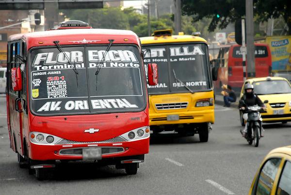 Pico y placa en Medellín 24 horas1