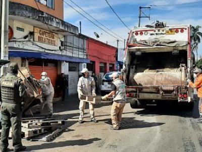 En Plena Cuarentena, Recuperan El Espacio Público Del Centro De Medellín