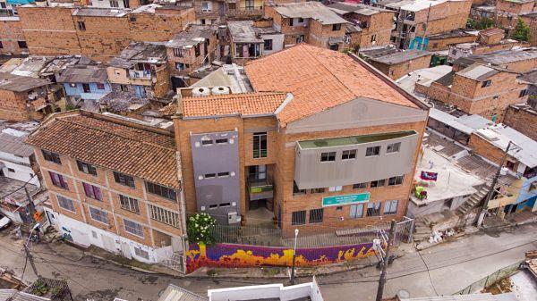 Casa Cultura Popular y Santa Elena