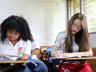 23.485 Estudiantes De Medellín Calendarios A Y B Presentarán Pruebas Saber De Manera Presencial