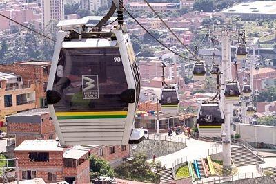 Metro De Medellín Informa Que La Línea Línea J (San Javier – La Aurora) Está Temporalmente Fuera De Servicio