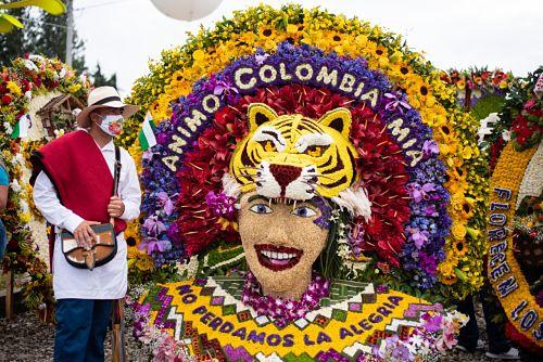 Francisco Orlando Quintero Londoño, ganador absoluto del Desfile de Silleteros 2020.