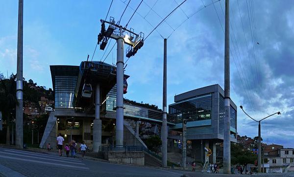 Linea K Metro de Medellín Santo Domingo_opt