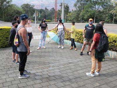 En Medellín, Ochenta Mujeres Se Fortalecen En Programas De Desarrollo Social.