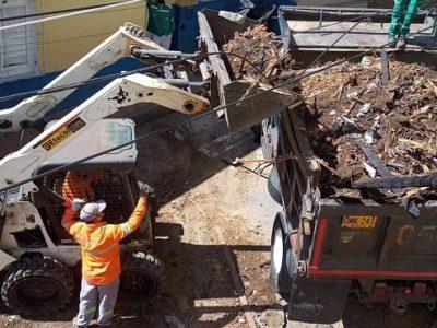 ¡Empresas Varias De Medellín Cumplió! Así Recogieron Los Escombros De La Casa Cural De San Antonio De Prado