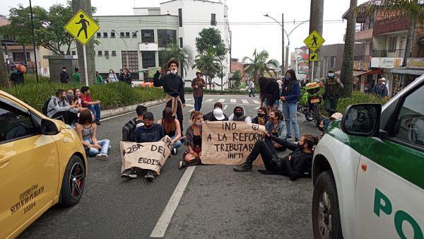 La Unión Hace La Fuerza… Marchas En San Antonio De Prado