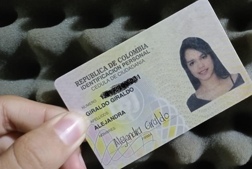 Cédula Alejandra Giraldo Giraldo