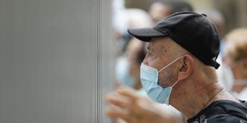 En Busca De Los Que Aún No Se Han Vacunado En Medellín