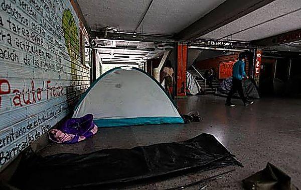 Hoy Se Cumplen 23 Días De Campamento Sin Autorización En La U.de.A