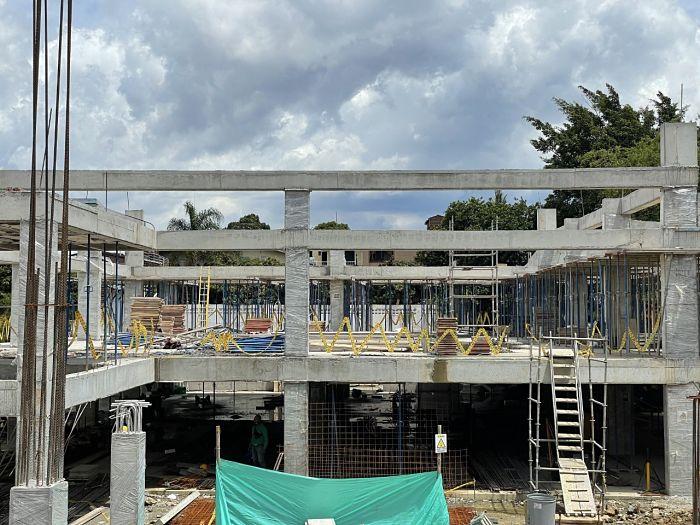 La reconstrucción de la institución educativa Maestro Pedro Nel Gómez, en el barrio Castilla avanza en un 50 %