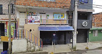 Se Reúnen Los Niños En Jardín Infantil En Donde Presuntamente Abusaron De Menores