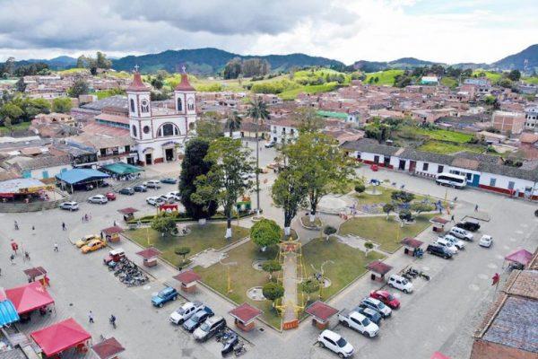 Municipios De Antioquia Volverá El Toque De Queda Y La Ley Seca Este Puente Festivo.
