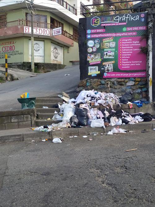 Basuras en San Antonio de Prado