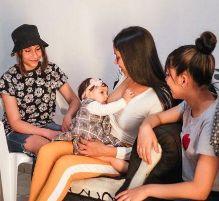 Medellín Celebra La Semana De La Lactancia Con Oferta Para Más De 10.000 Madres Lactantes.