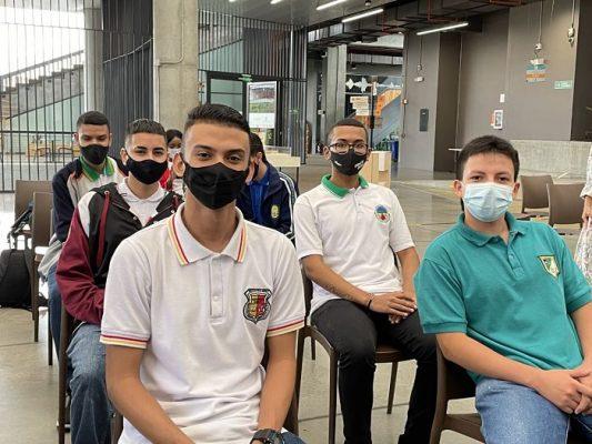 Docentes En Medellín Amplían Sus Conocimientos