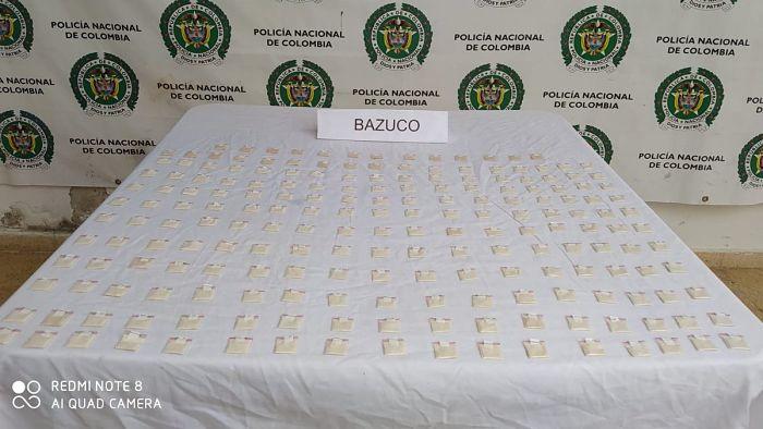 Menor De Edad Fue Descubierto Por La Policía Con 200 Dosis De Bazuco