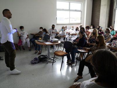 Secretaría De Participación Ciudadana Capacita A Los Adultos Mayores De La Comuna 80