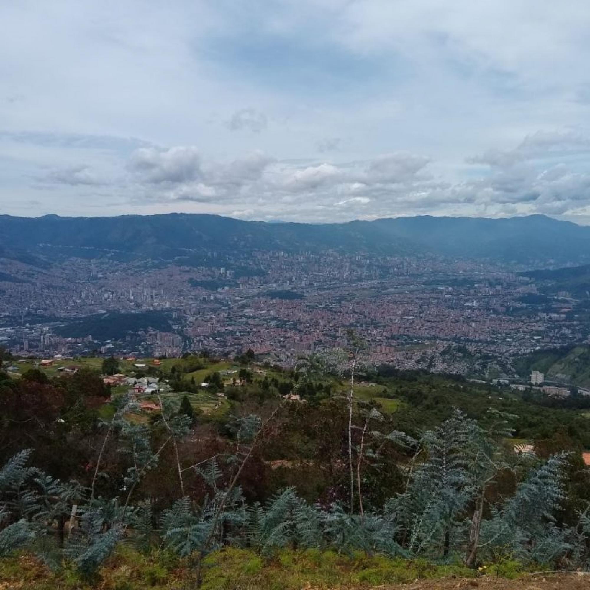 Entre montañas y cemento, la nueva ruralidad del corregimiento de San Cristóbal