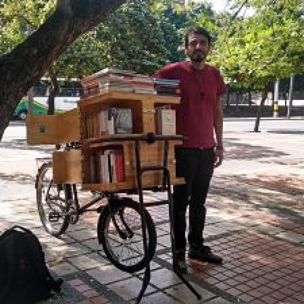 La Librocleta: lectura sobre dos ruedas