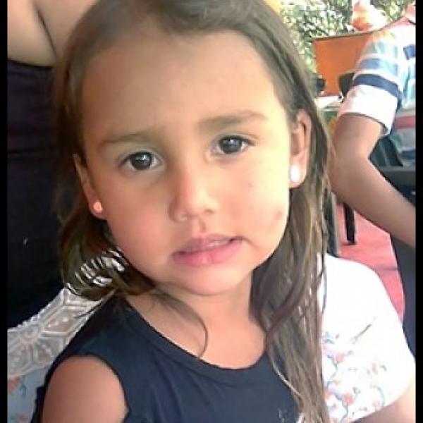 María Ángel Molina Tangarife esta desaparecida