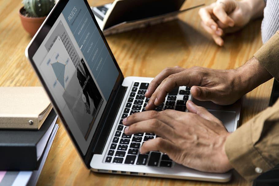 Pilas¡ no caiga, a través de páginas web falsas están falsificando documentos de identidad